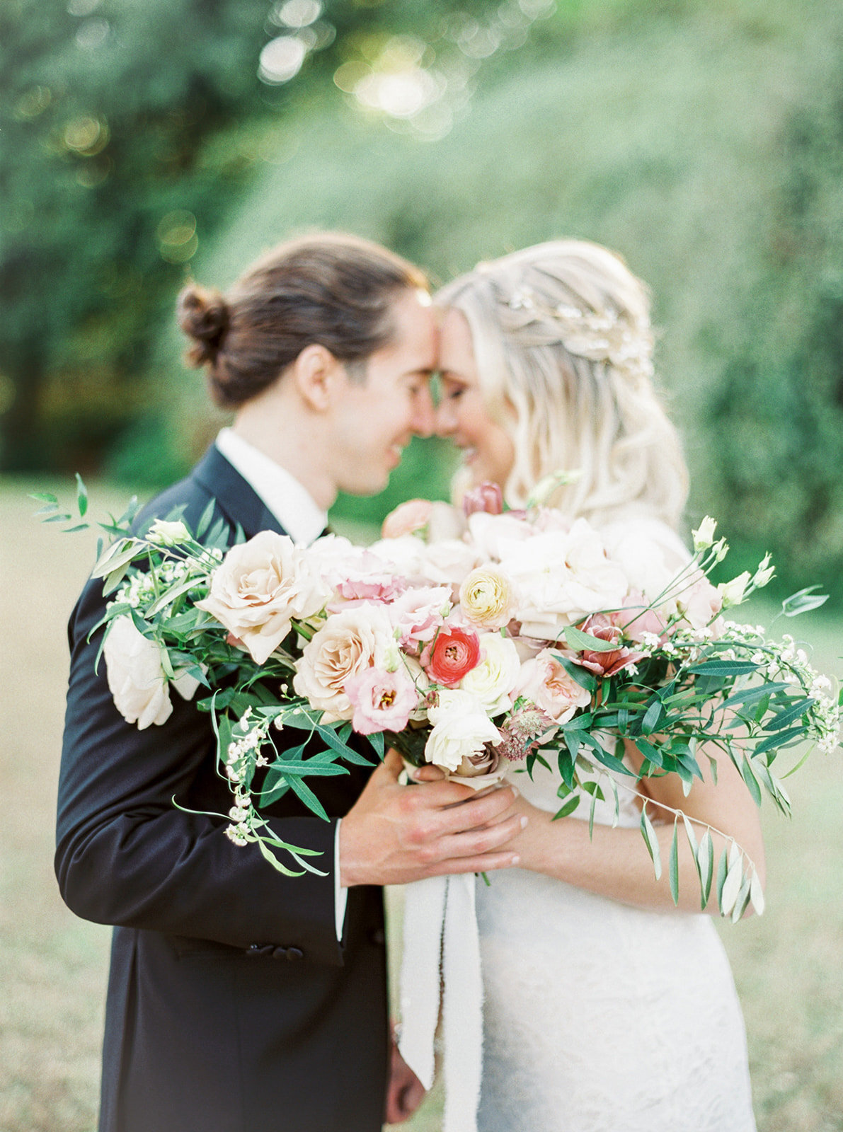 Romantic Garden Party at Clark Gardens Dallas Wedding (15)