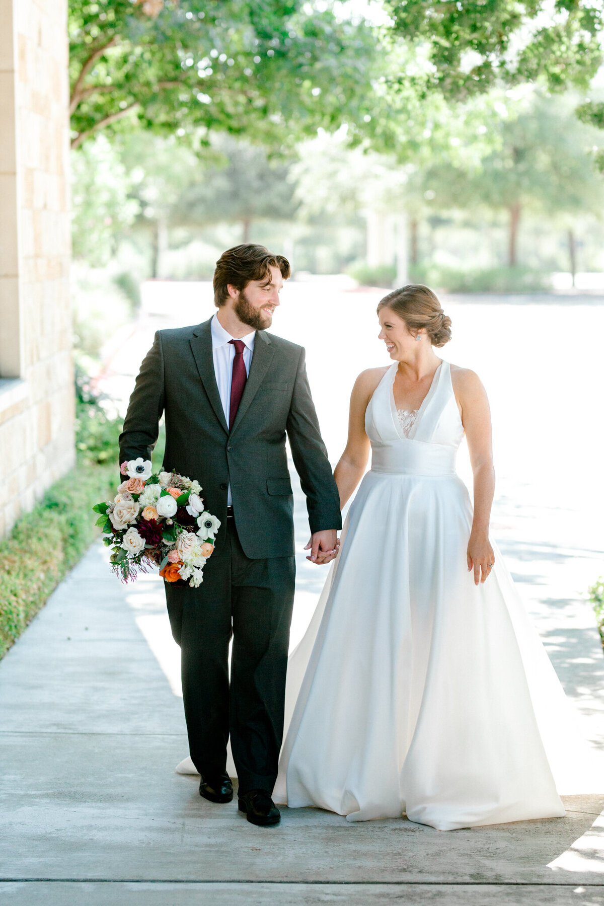 Kaylee & Michael's Wedding at Watermark Community Church | Dallas Wedding Photographer | Sami Kathryn Photography-48