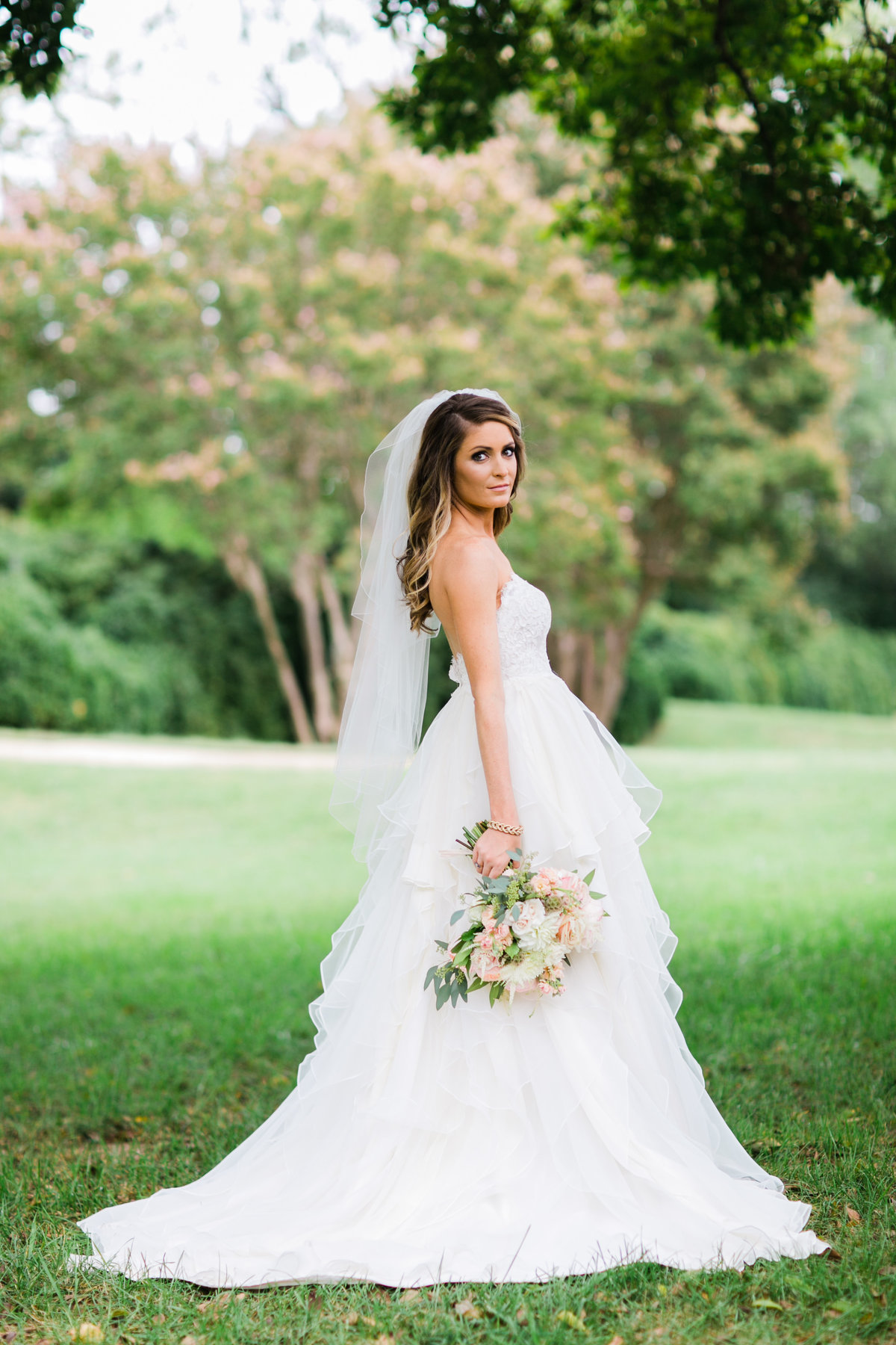 Baltimore Wedding Photographer Beautiful Bride in Hayley Paige Gown