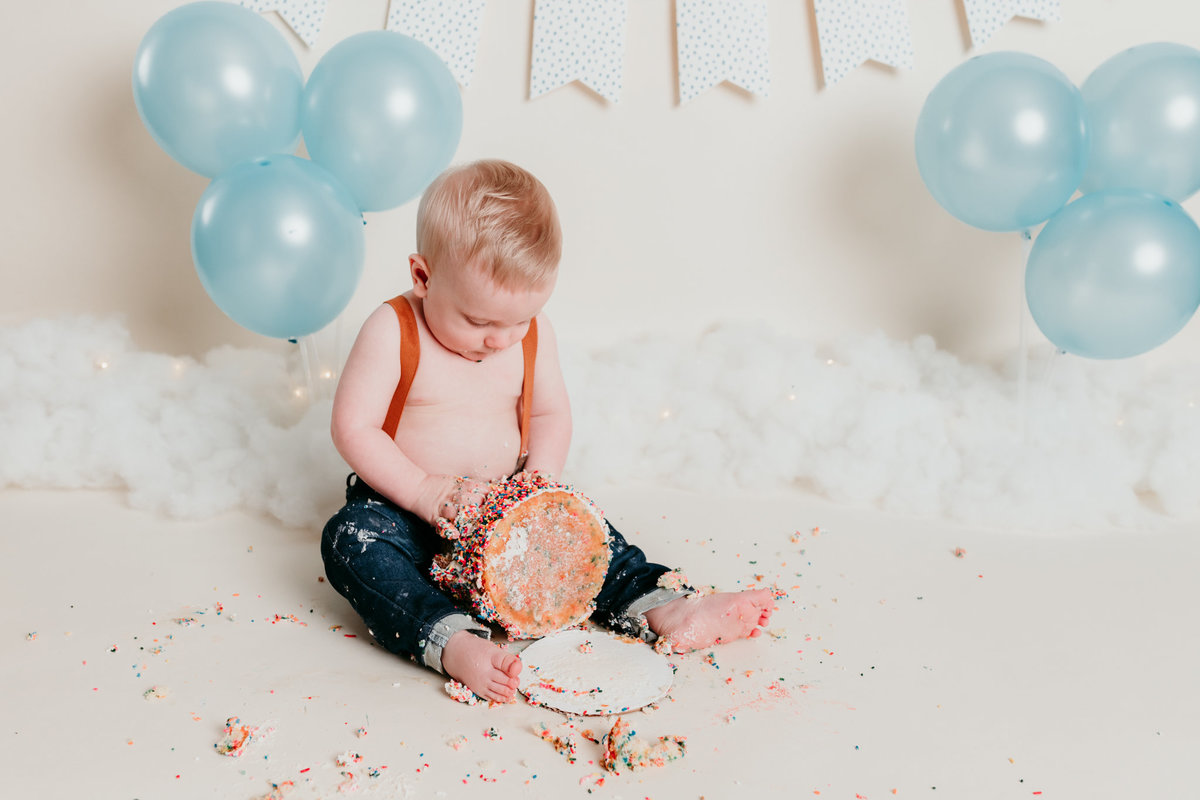Robbie One Year Photos Cake Smash and Splash Session Valerie Clement Photography Boise, ID Photographer-9