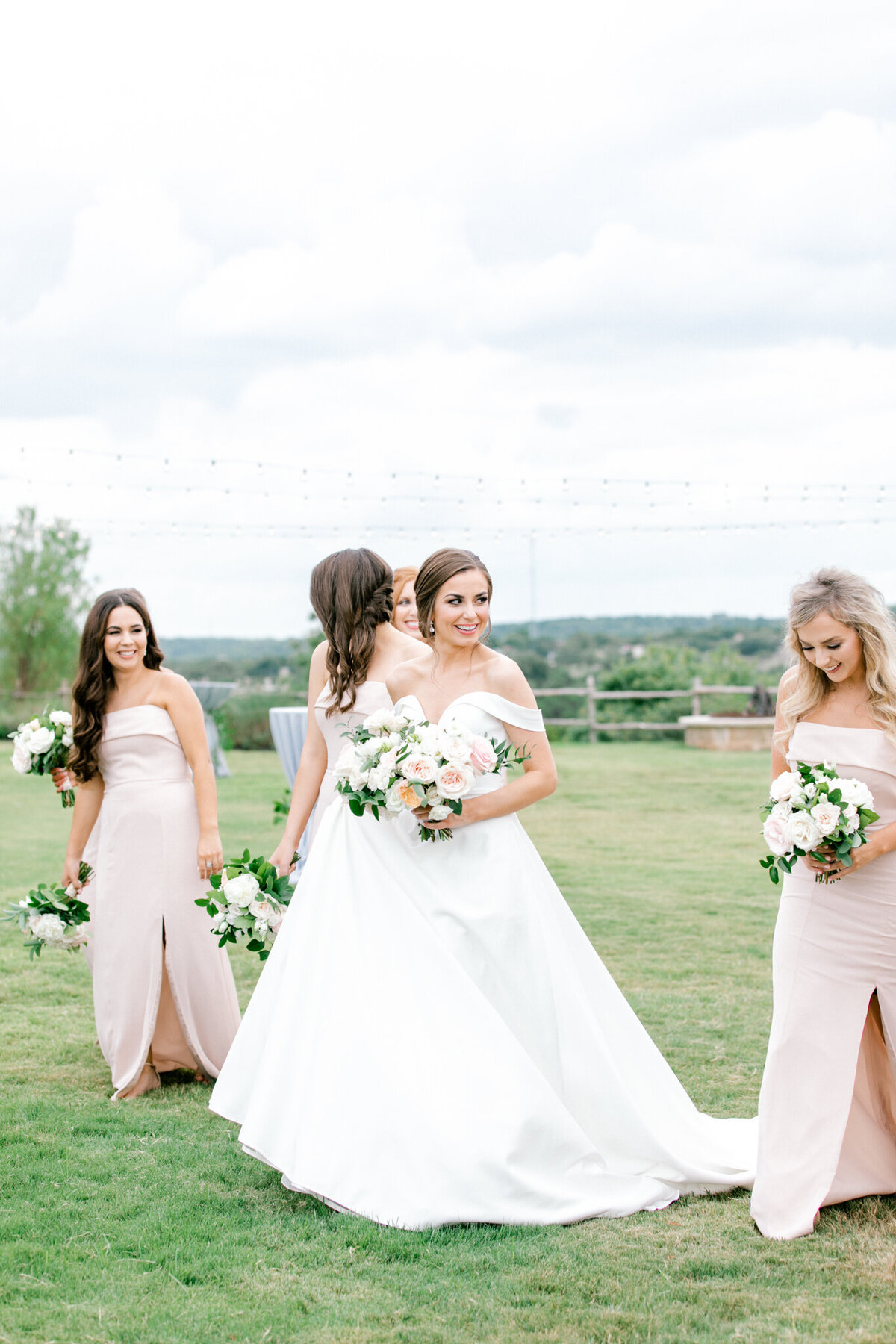 Lexi Broughton & Garrett Greer Wedding at Dove Ridge Vineyards | Sami Kathryn Photography | Dallas Wedding Photography-92