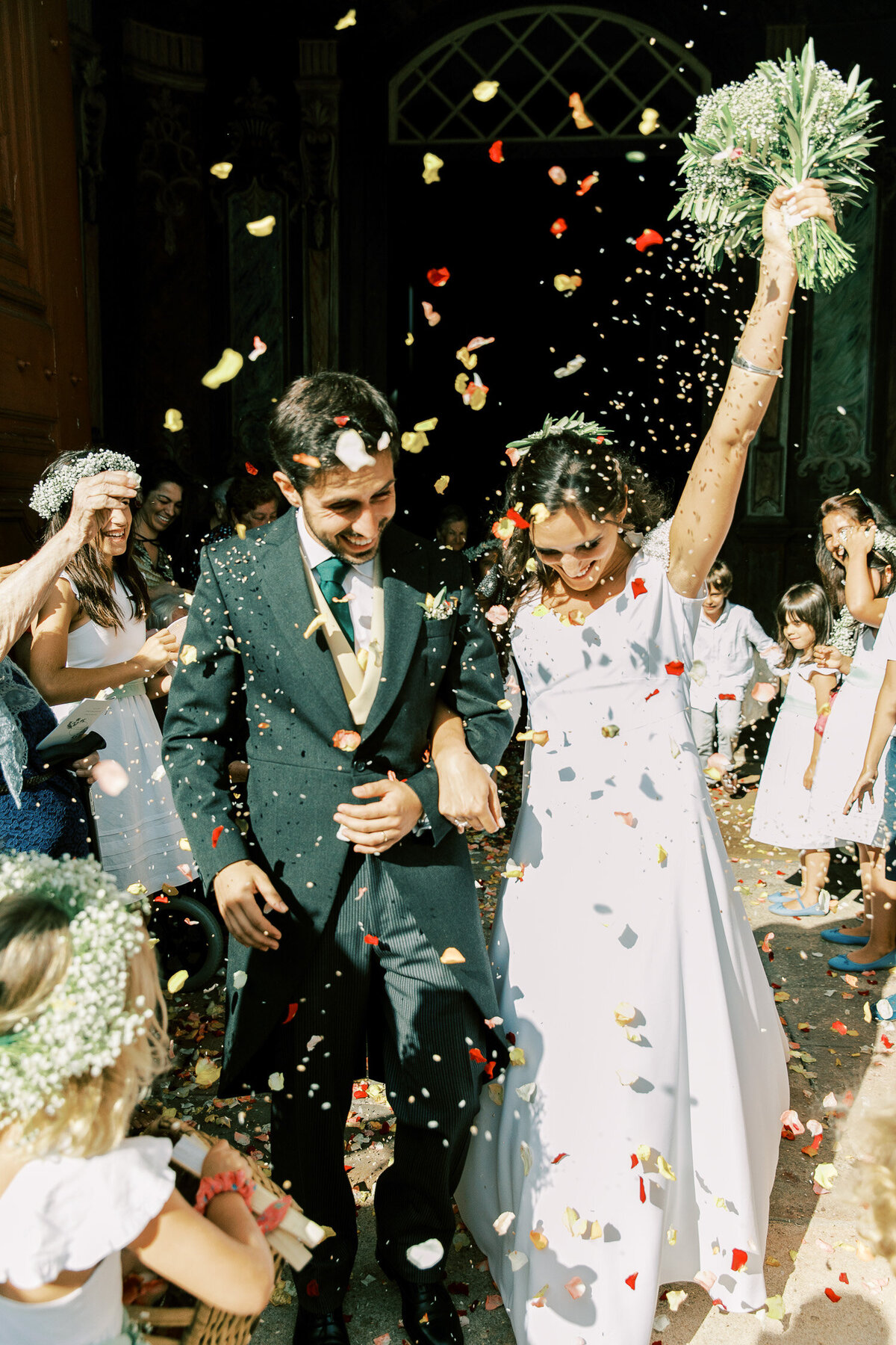 wedding_with_a_vintage_car_in_marvão-34