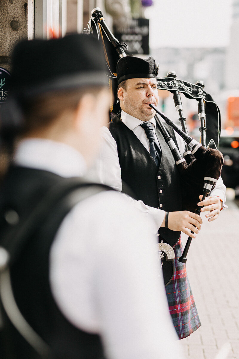 Aberdeen_market_street_piper_wedding