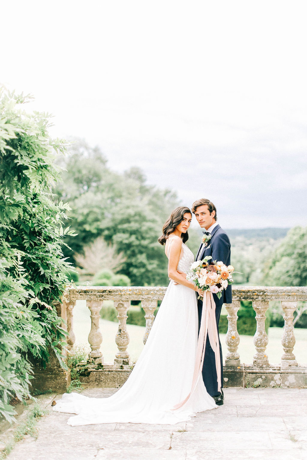 Classic, Romantic Wedding Inspiration in Hampshire, UK
