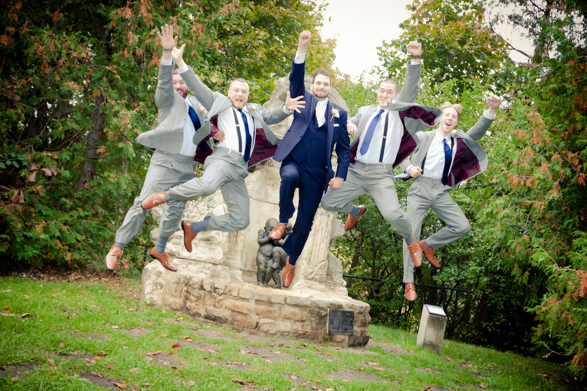 Fun Groomsmen Photos Ottawa Wedding