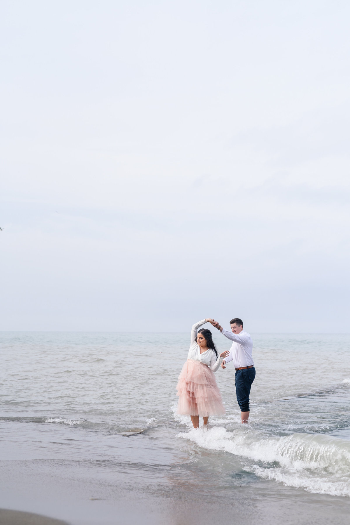 atwater-beach-engagement-milwaukee-the-paper-elephant-030