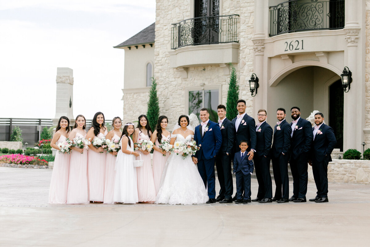 Jasmine & Josh Wedding at Knotting Hill Place | Dallas DFW Wedding Photographer | Sami Kathryn Photography-86