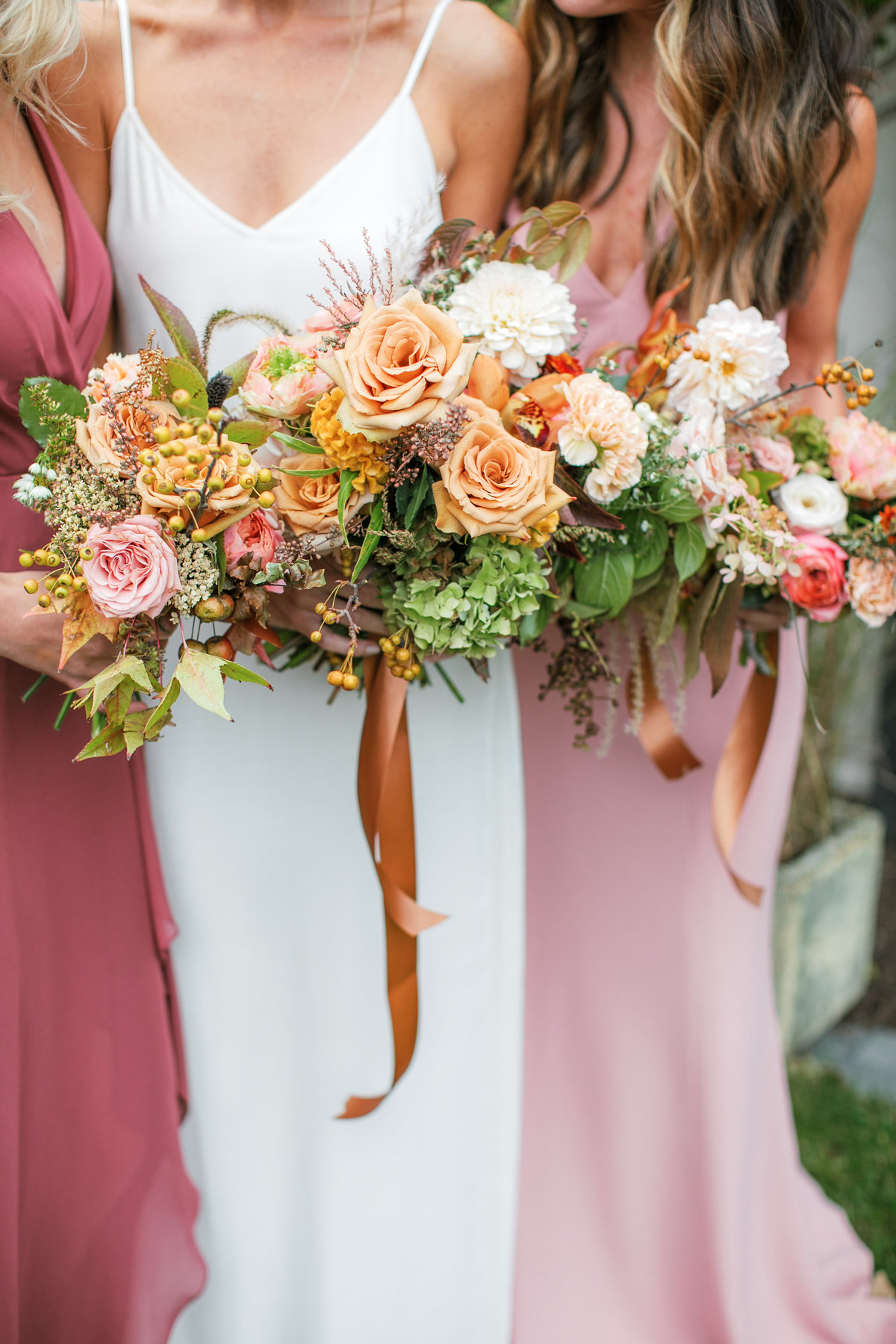 Magdalena Studios Bohemian Stylish and Chic Fall Wedding at Terrain Anthropologie_23