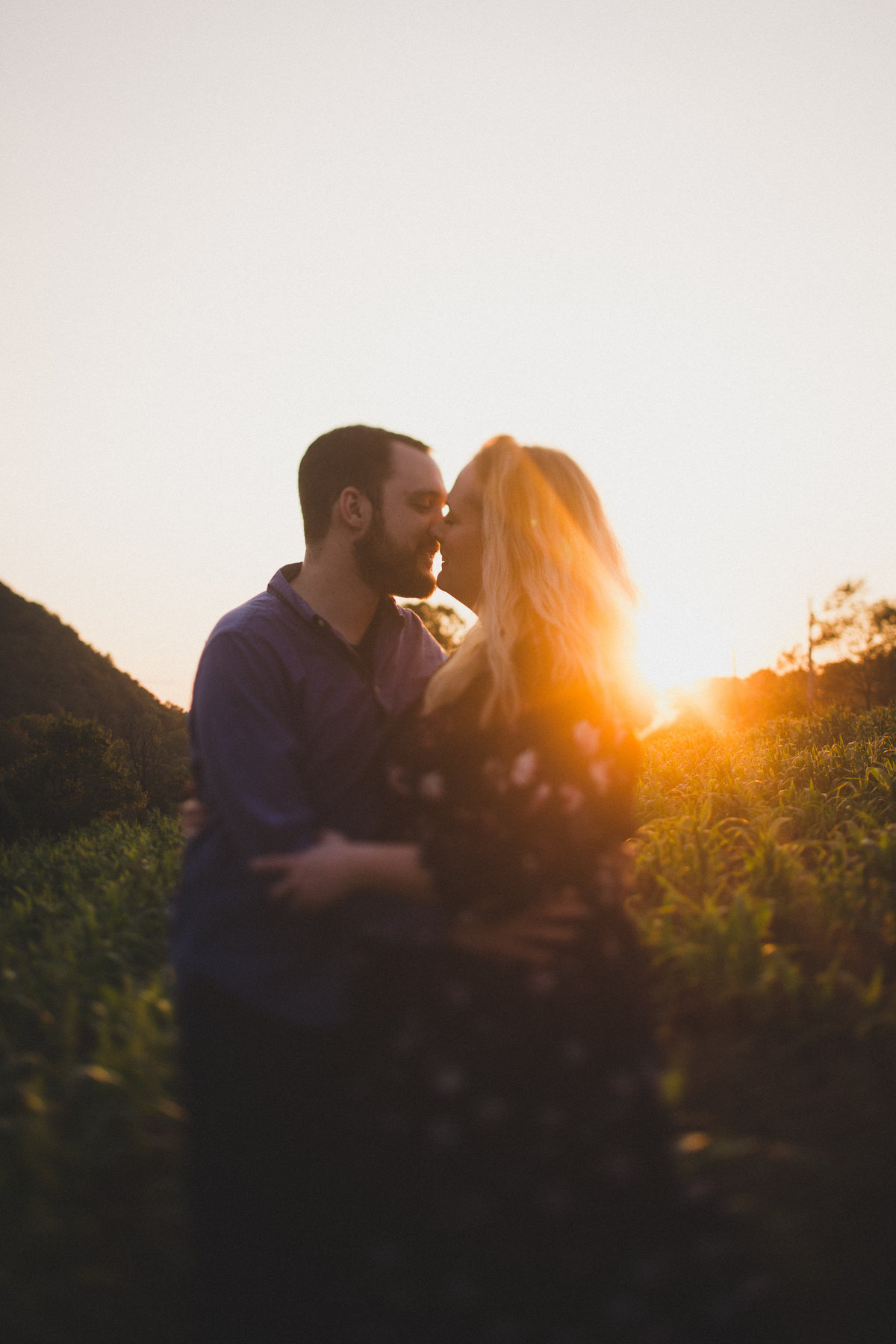 middlefork-barn-virginia-engagement
