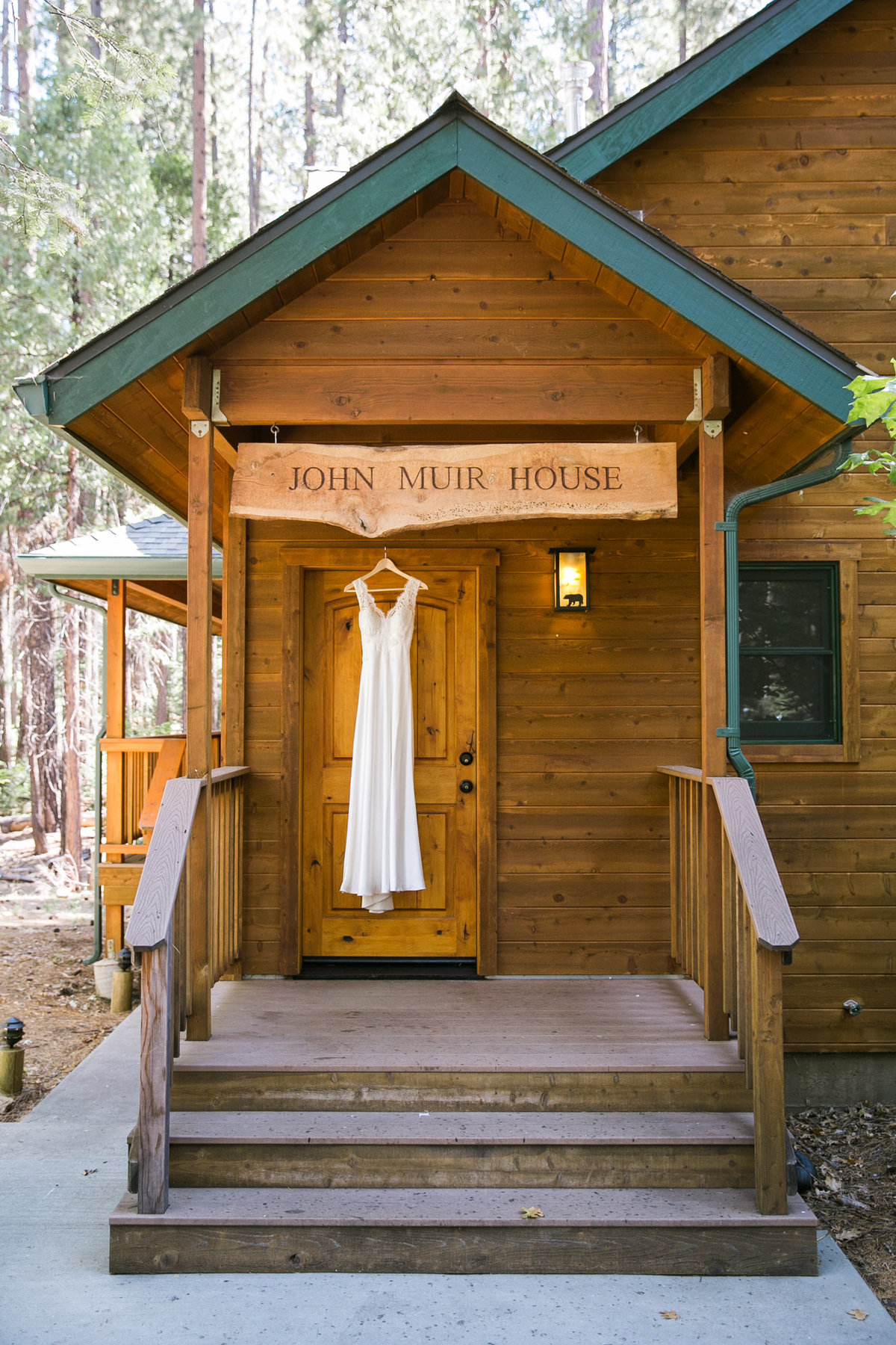 evergreen_lodge_yosemite_wedding_003