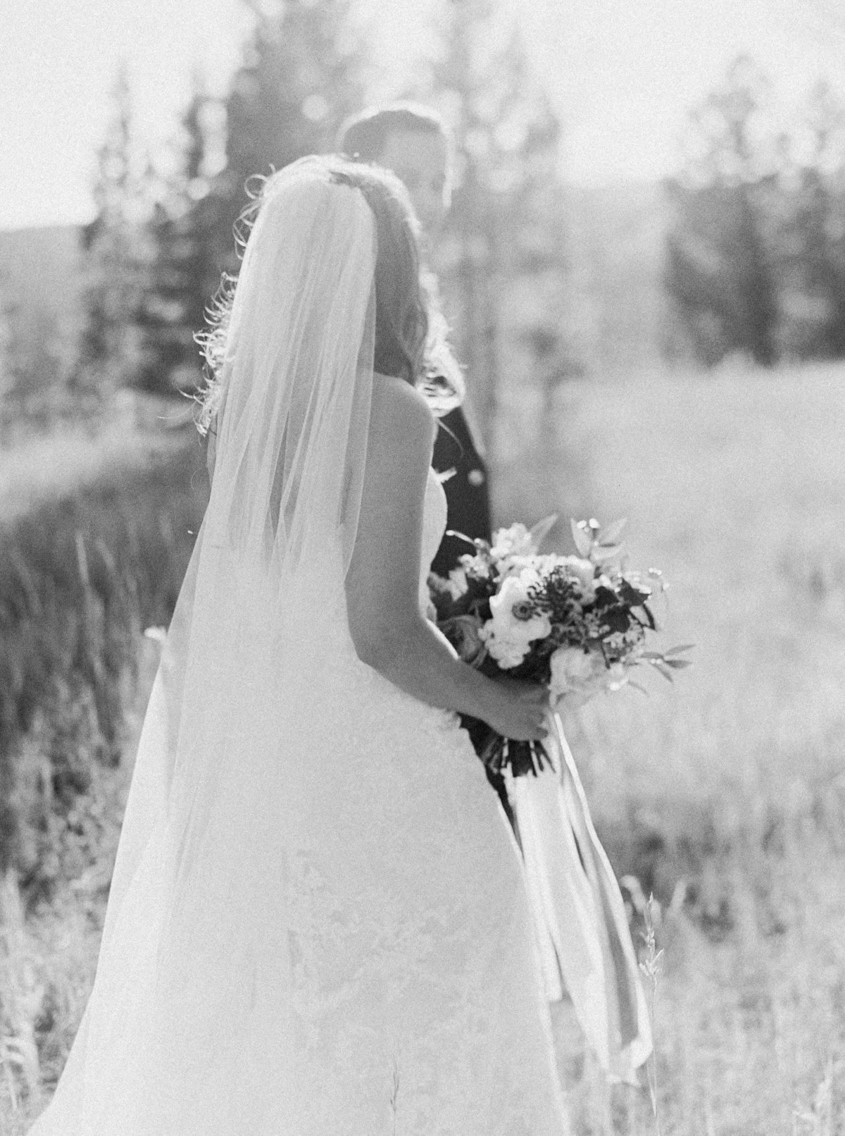 Kira Kyle s Big Sky Montana Wedding-Submission-0028