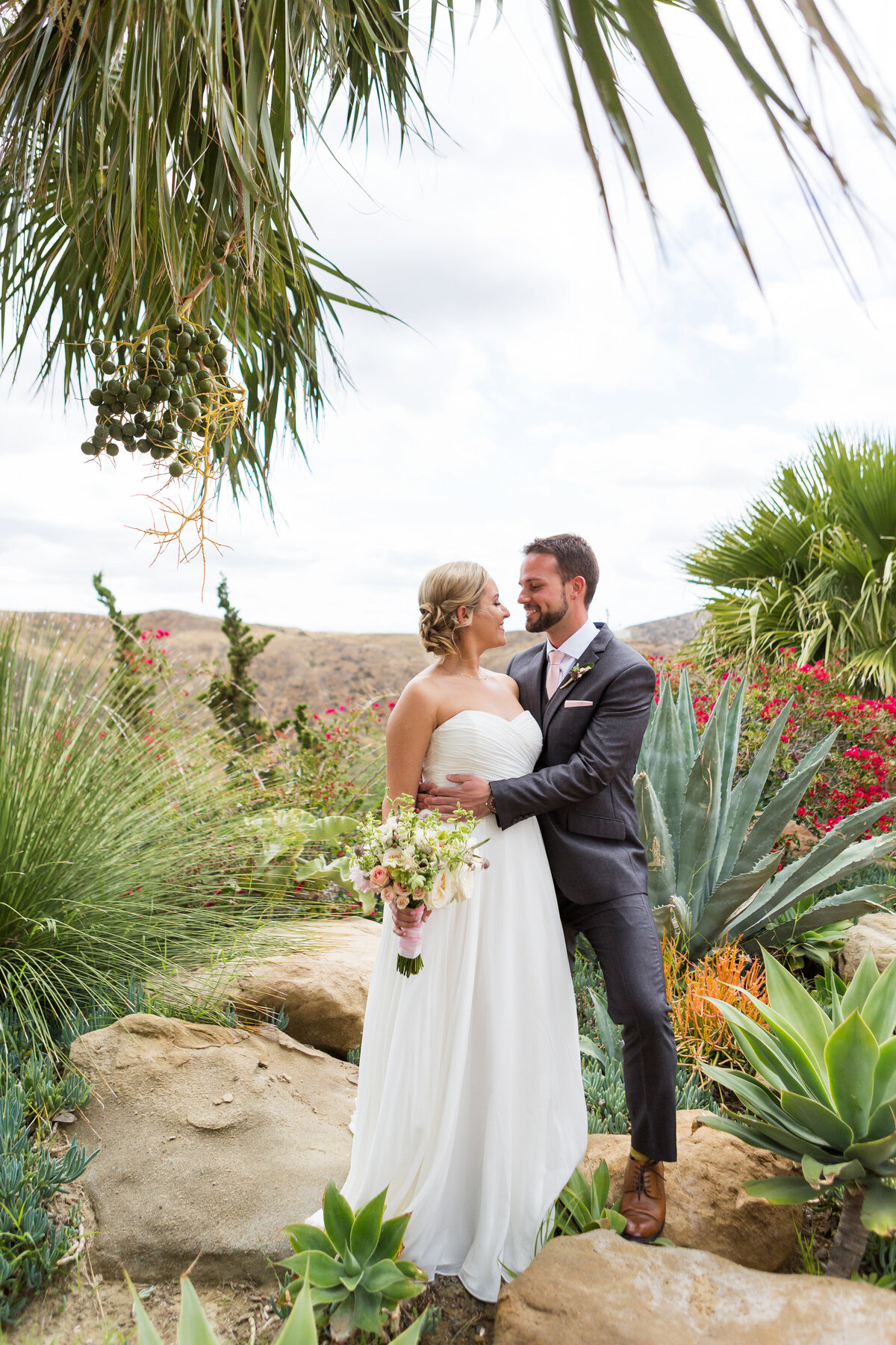 022_Hummingbird_Nest_Ranch_0143_Christina_Rick_Wedding_0558