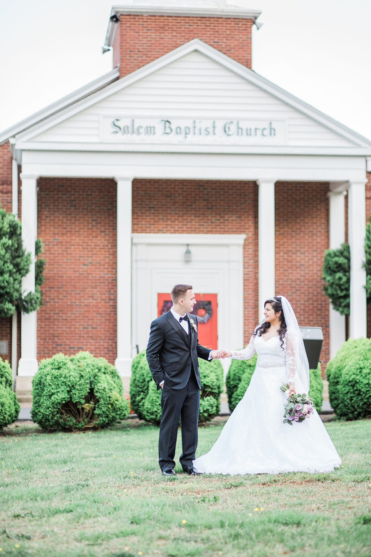 salem-baptist-church-fredericksburg-va-spring-purple-wedding-happy-to-be-events_1365