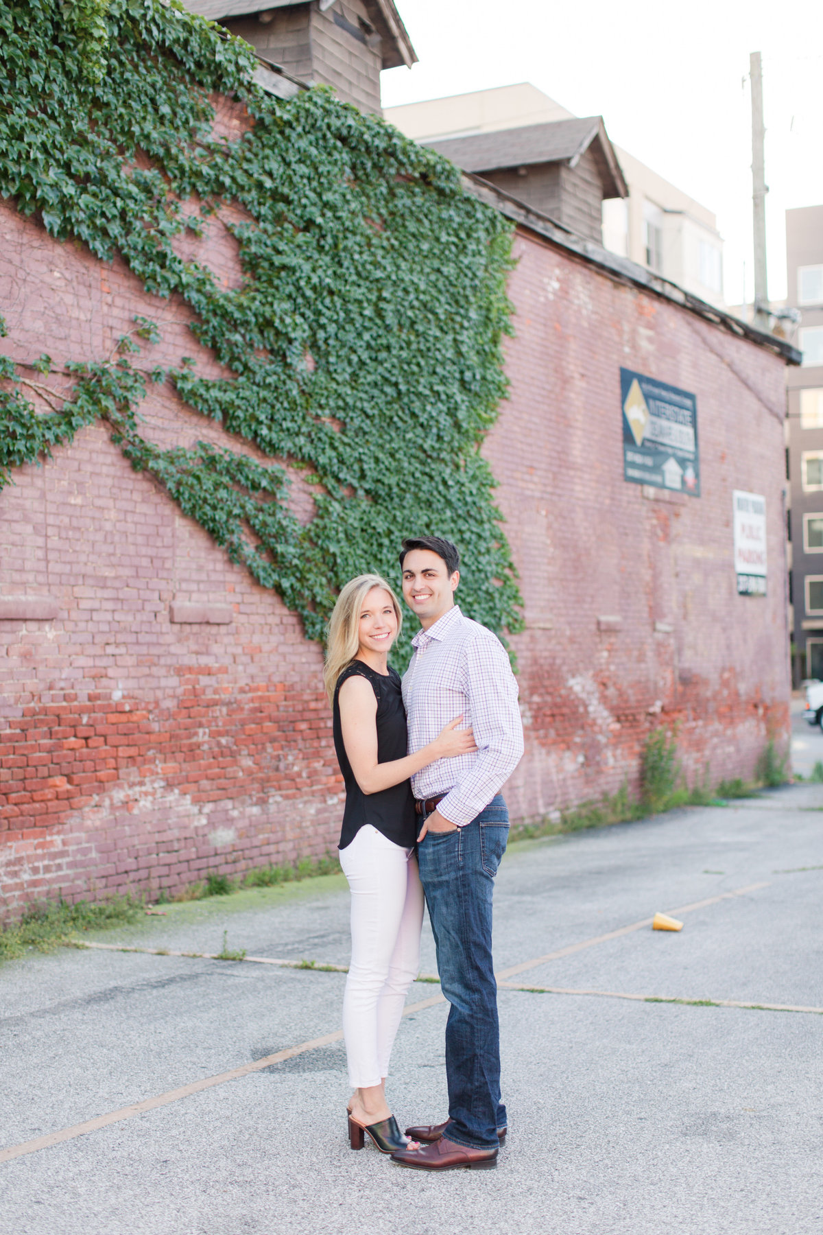 Indianapolis War Memorial Downtown Engagement Session Sunrise Sami Renee Photography-41