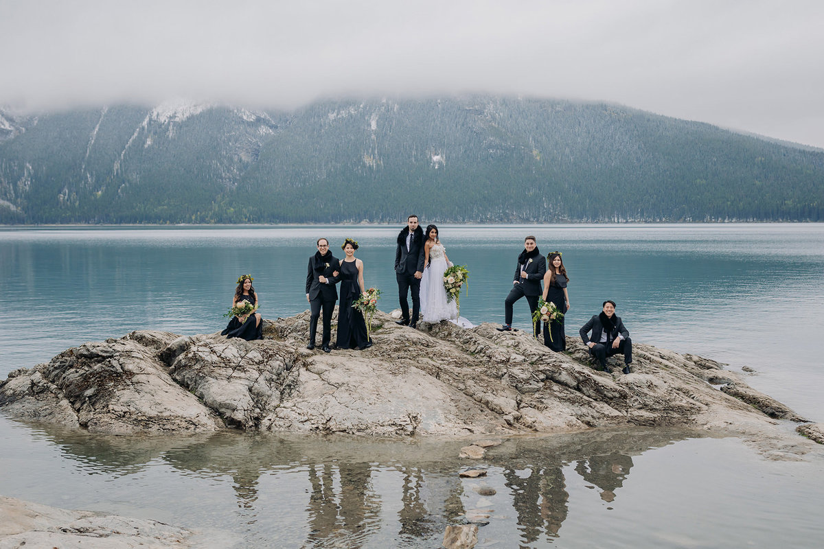 lake minnewanka boho wedding party banff wedding photographer