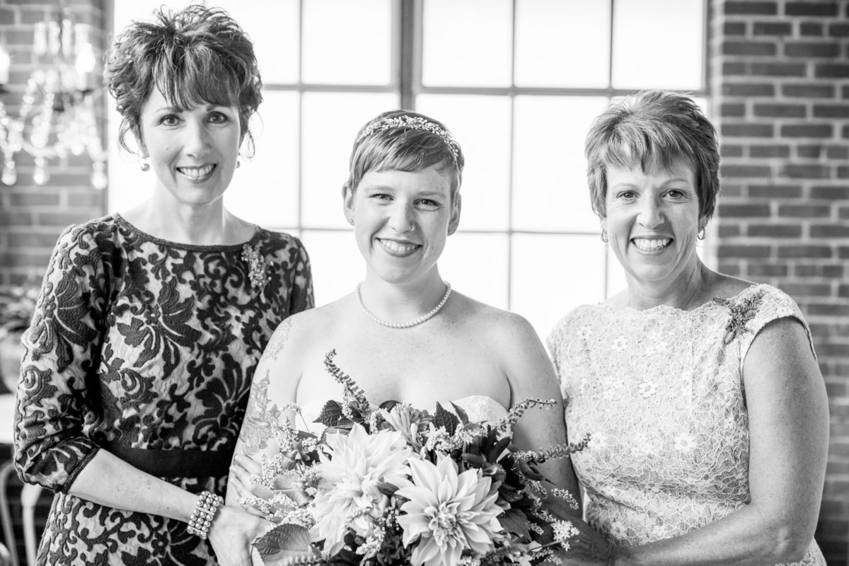 2019_Wedding_Site_FamilyAffair-11