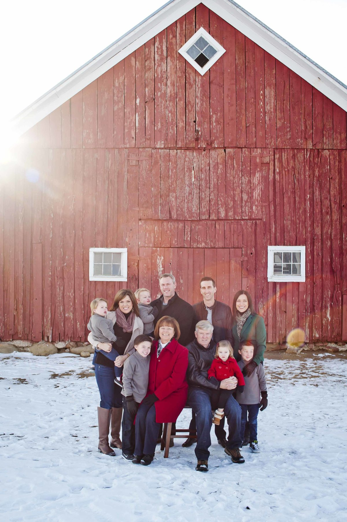 parker_co_Barn_family_photo013