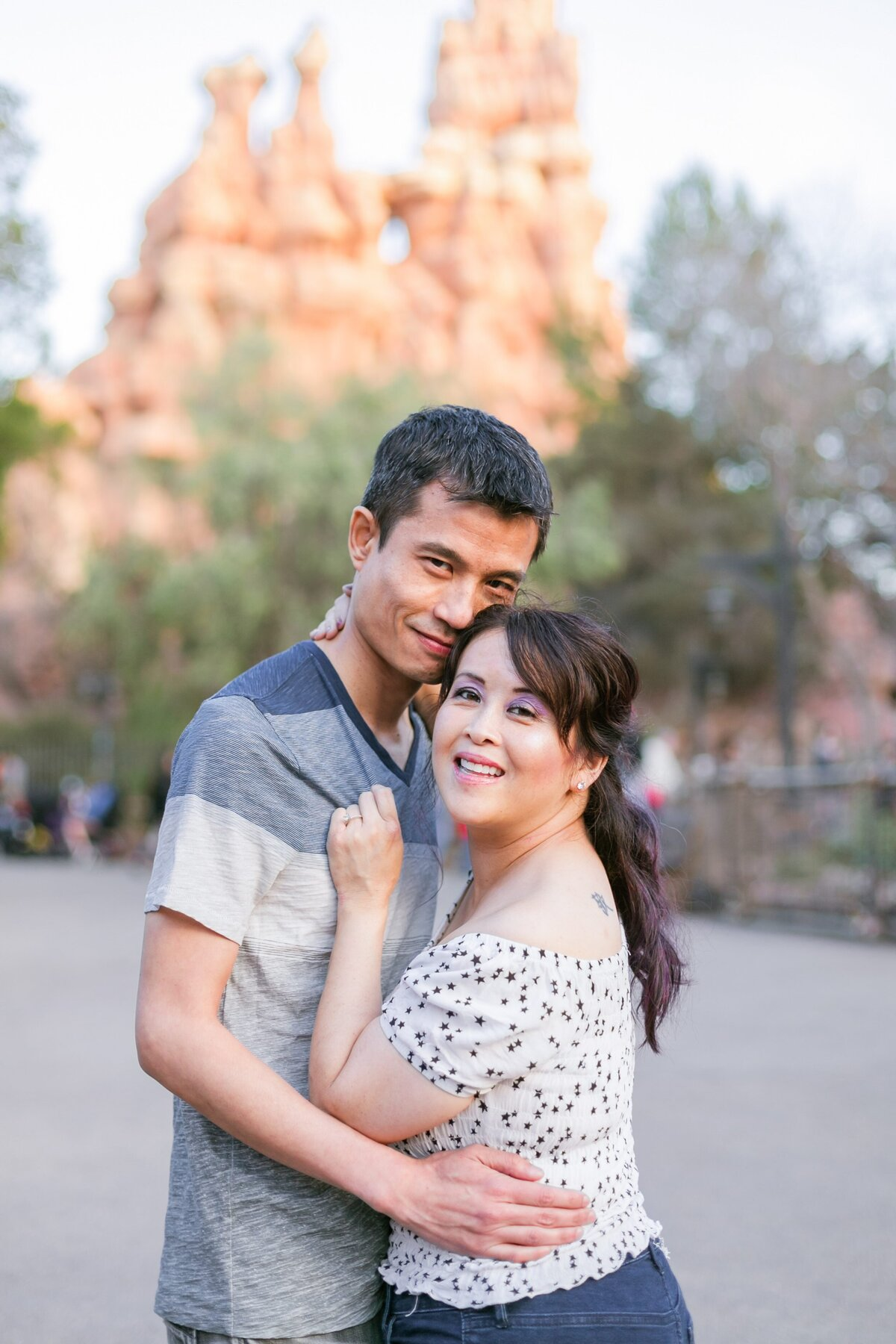 Disneyland-Engagement-Session-0025