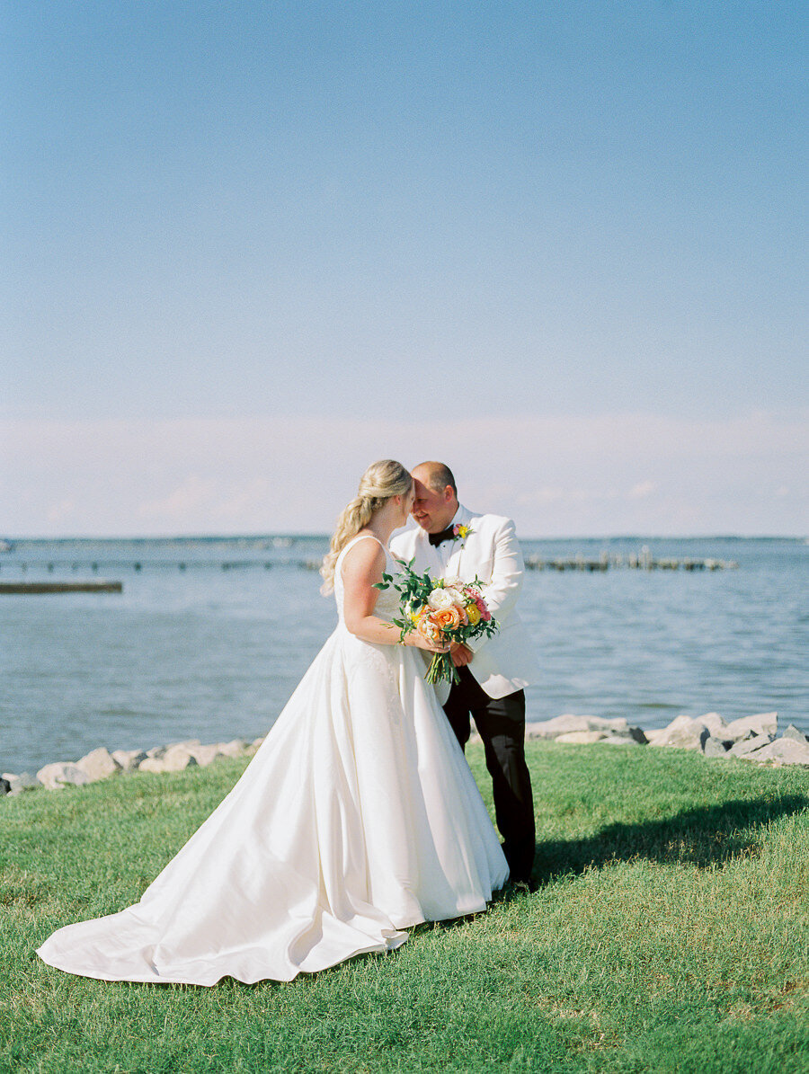 Shelby_Ashen_Cove_Creek_Club_Stevensville_Maryland_Eastern_Shore_Wedding_Megan_Harris_Photography_-83