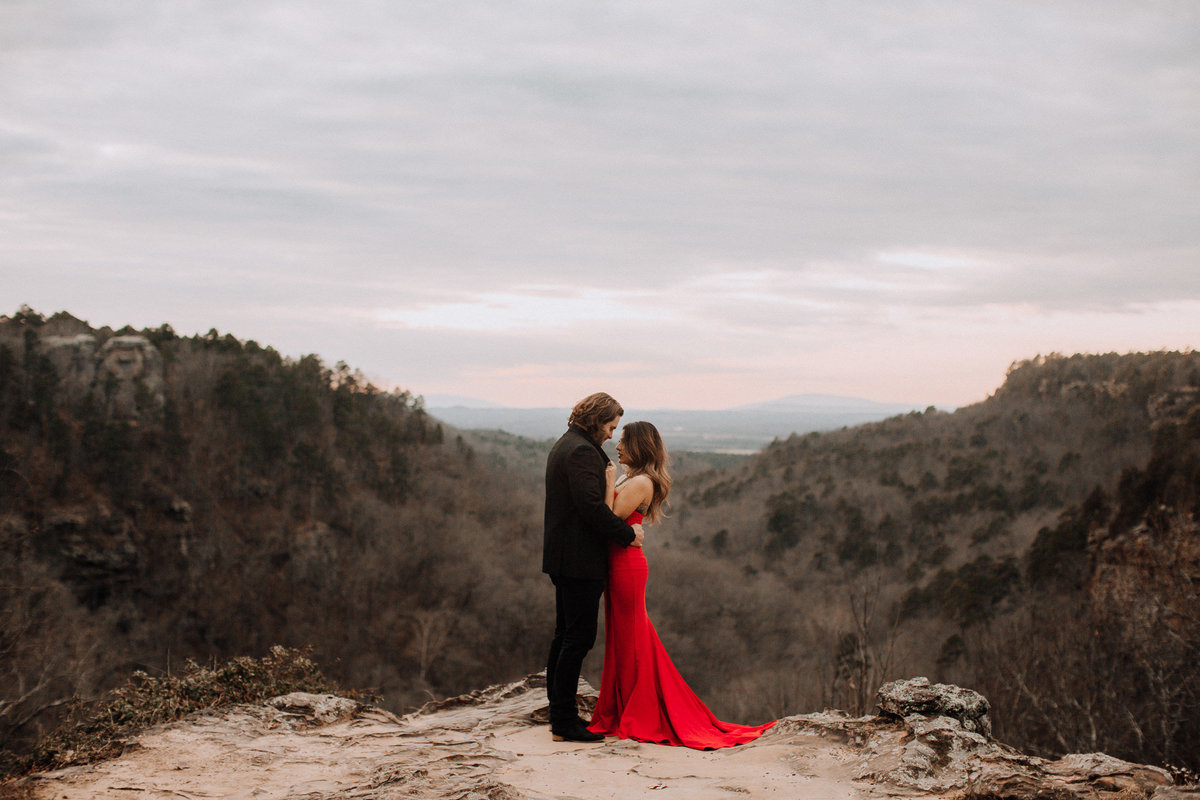 fernanda-and-great-petit-jean-state-park-arkansas-adventerous-couples-engagement-session-44