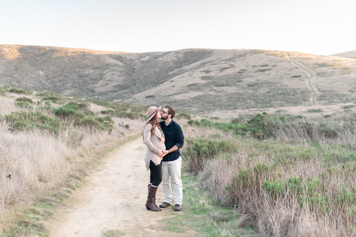 San-Luis-Obispo-Maternity-Session-by-Kirsten-Bullard-Photography-23