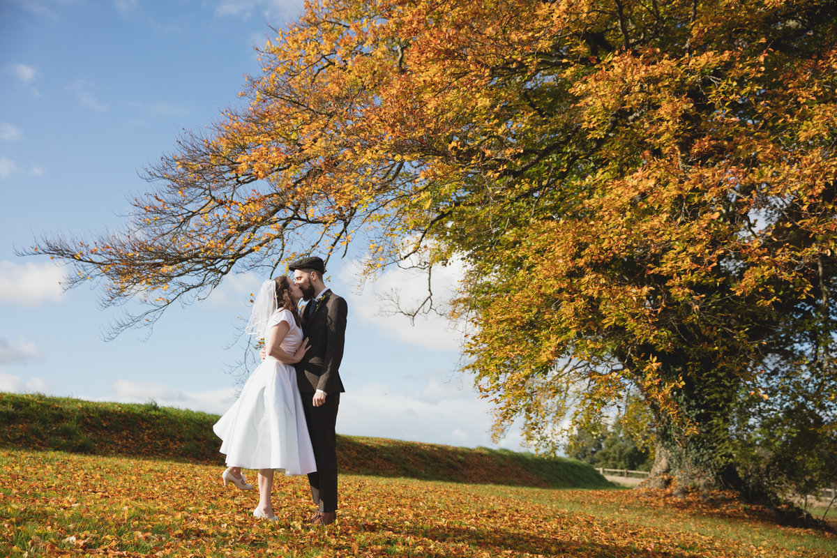 autumnal wedding in devon
