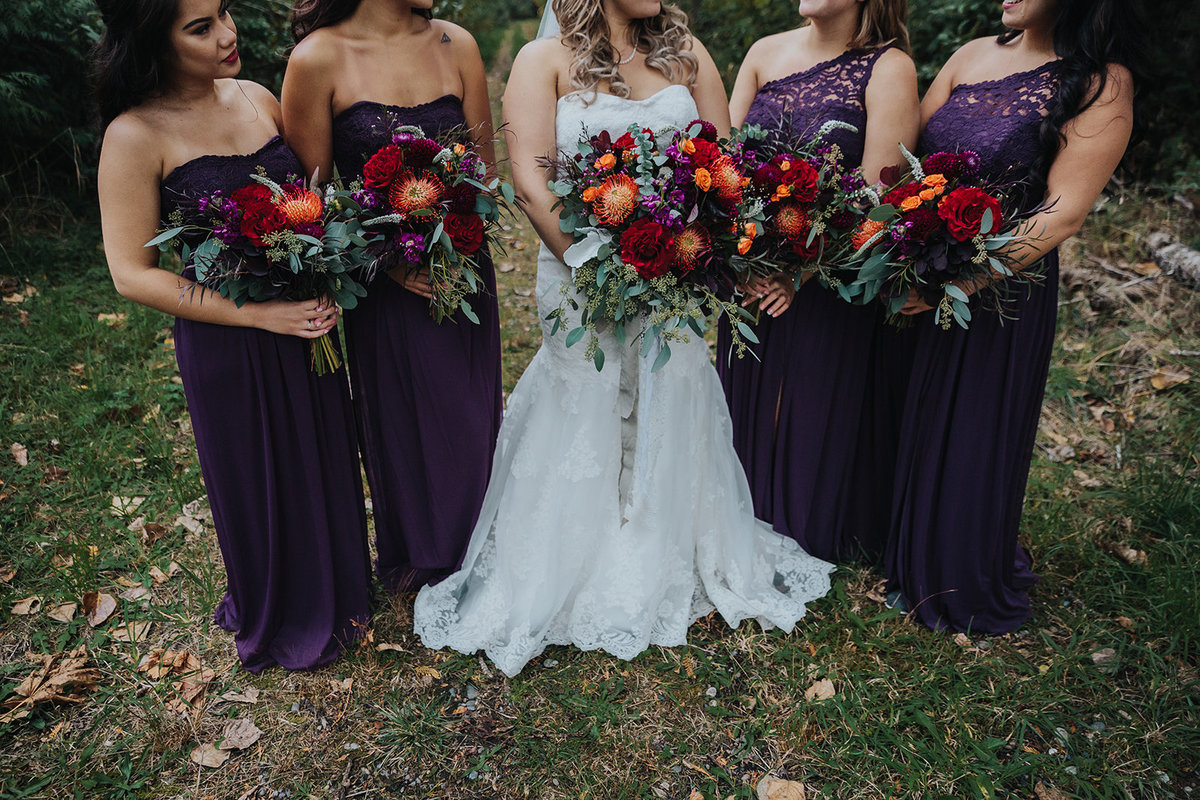 Red Orange bridesmaids bouquets