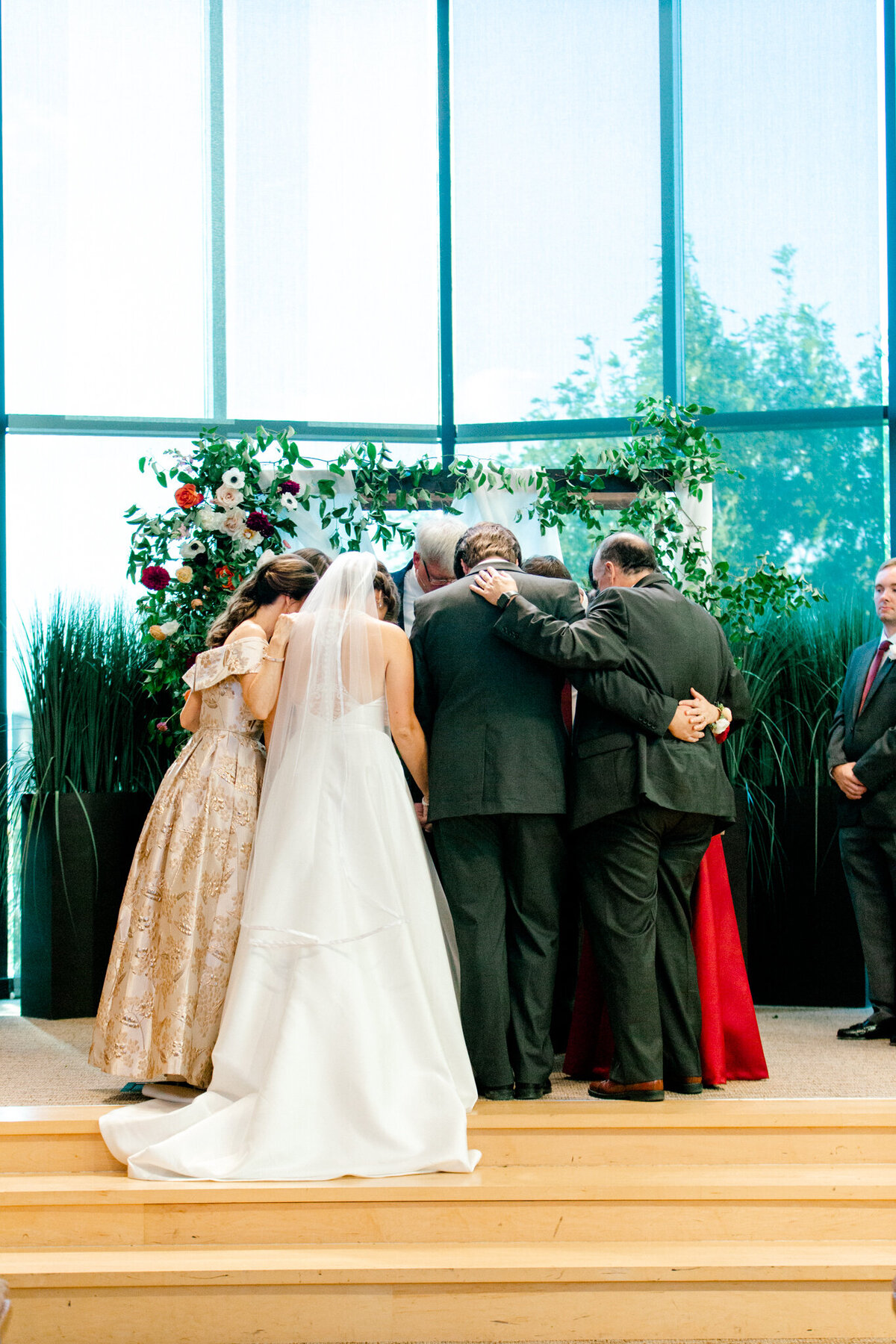Kaylee & Michael's Wedding at Watermark Community Church | Dallas Wedding Photographer | Sami Kathryn Photography-110