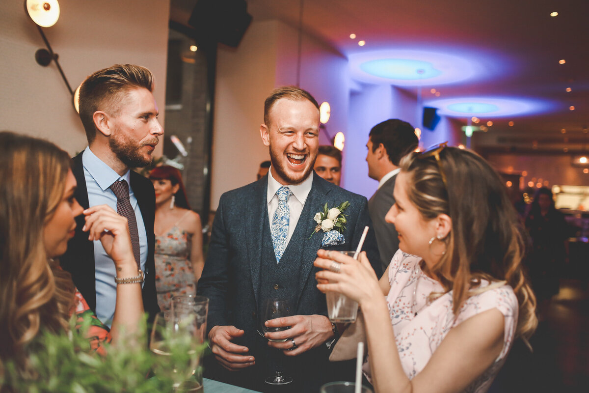 DEVONSHIRE-TERRACE-LONDON-WEDDING-PHOTOGRAPHER-0072