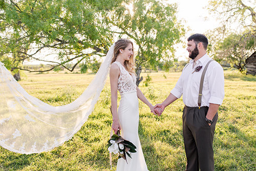 CedarCreekTexas-Wedding-Featured-Mobile