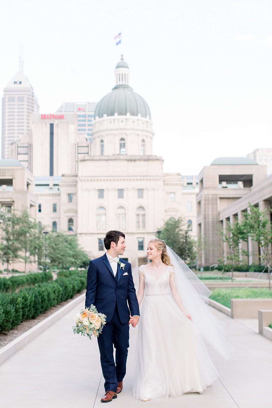 Lisa+Chris-indianapolis-wedding-jenn-plumlee-photography17