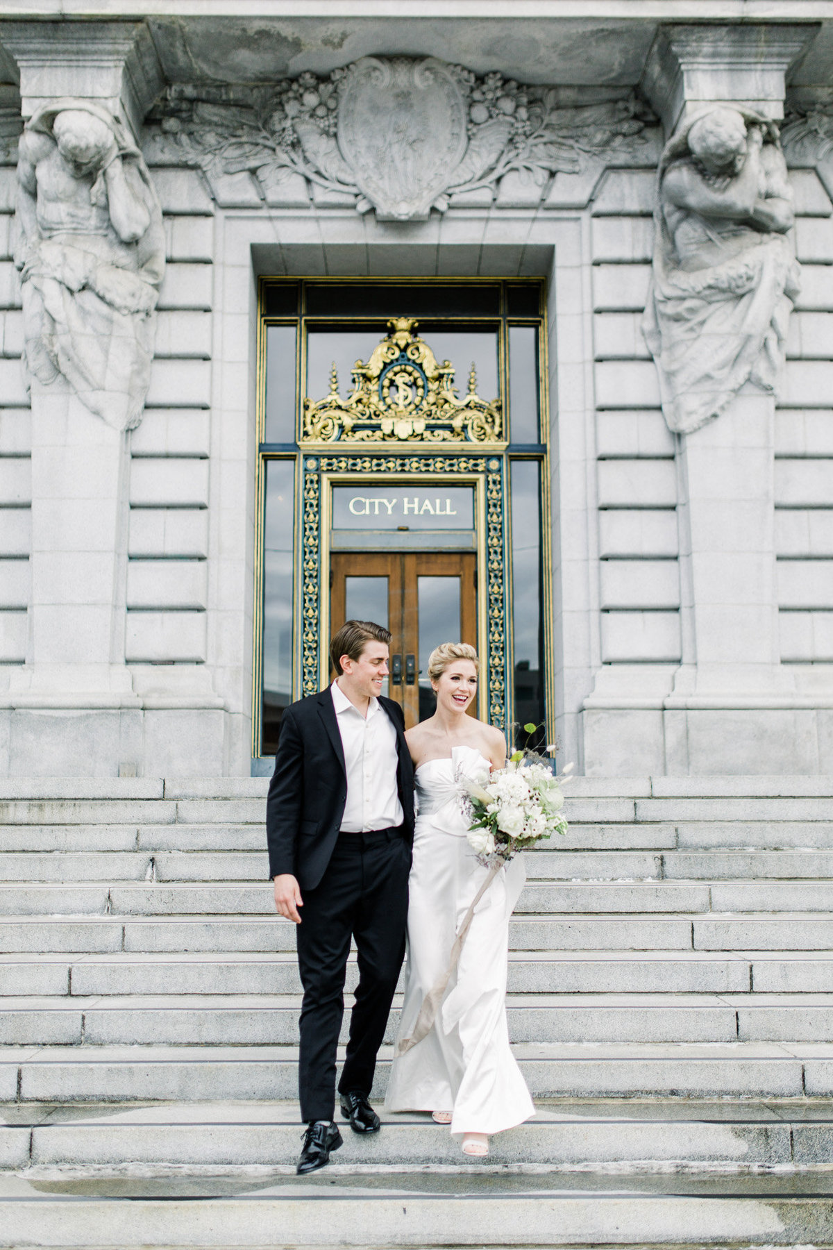 SanFranciscoCityHallWeddingPhotographer_SanFranciscoCityHallWedding_2019-Andrew_and_Ada_Photography-569