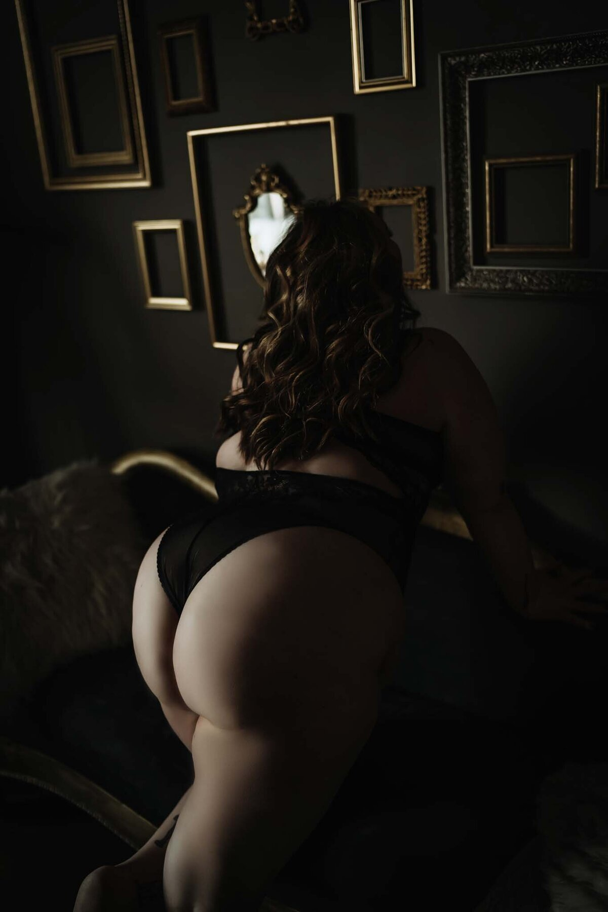 Curvy Boudoir Photography in Nashville -012