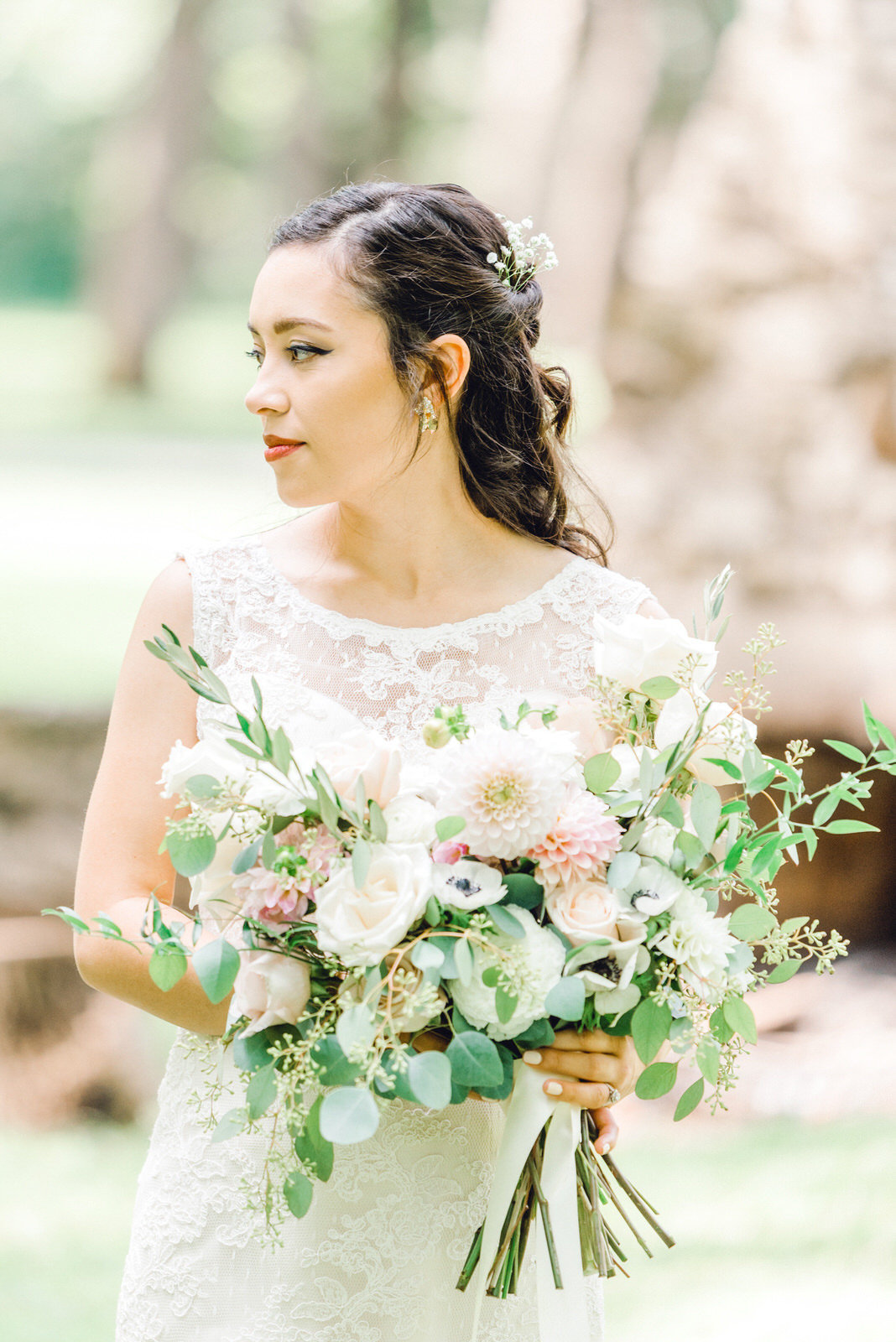 stunning bride with gorgeous wedding florals