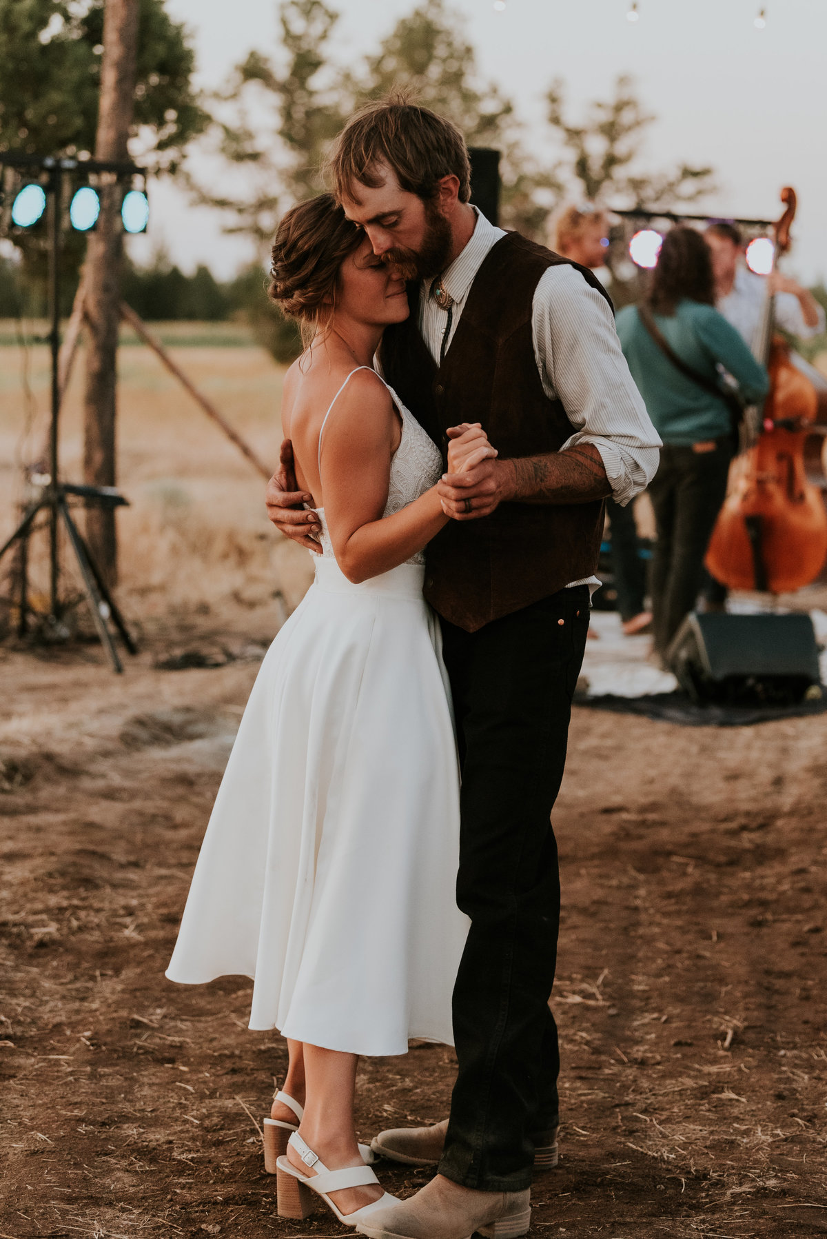 meredith_sands_wedding_photographer_bend_oregon-12