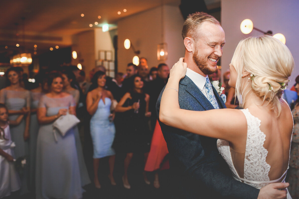 DEVONSHIRE-TERRACE-LONDON-WEDDING-PHOTOGRAPHER-0075