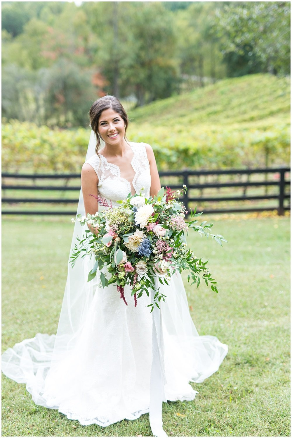 laura-barnes-photo-north-carolina-wedding-photographer-highlands-37-holly-high-vineyard14
