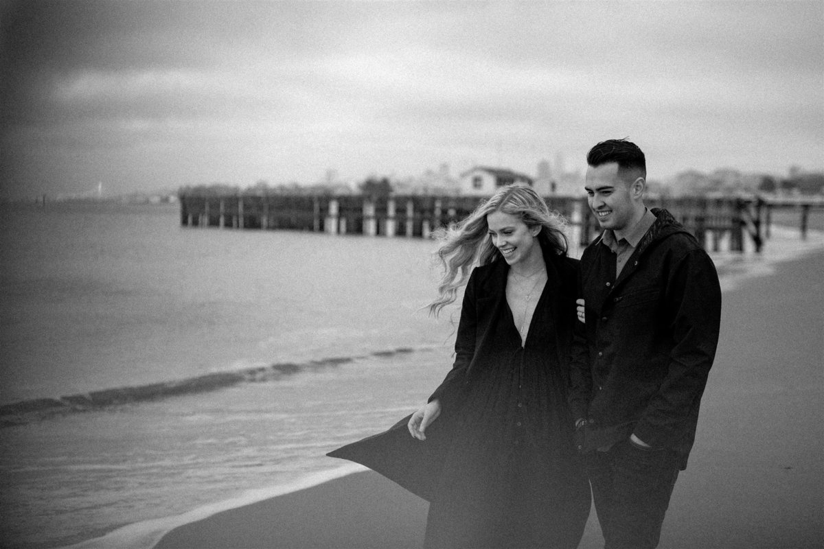 Brizzy-Rose-and-Emma-Crissy-Fields-Beach-San-Francisco-Couples-Session-1