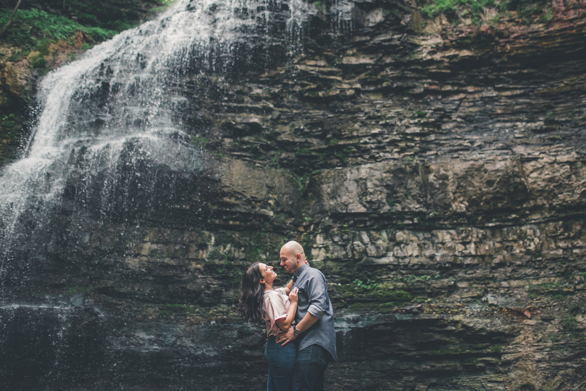 tiffany-falls-engagement-shoot-hamilton-sandra-monaco