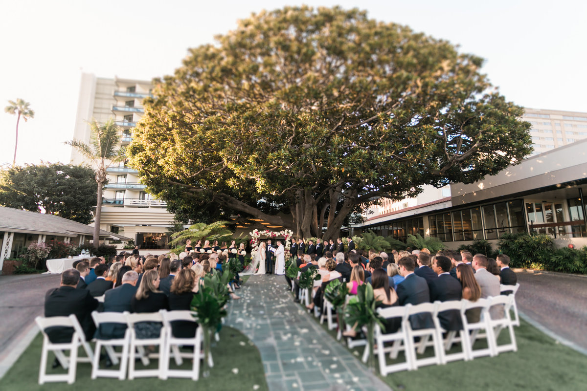 Tropical_Modern_Fairmont_Santa_Monica_Navy_Pink_Wedding_Valorie_Darling_Photography - 78 of 146