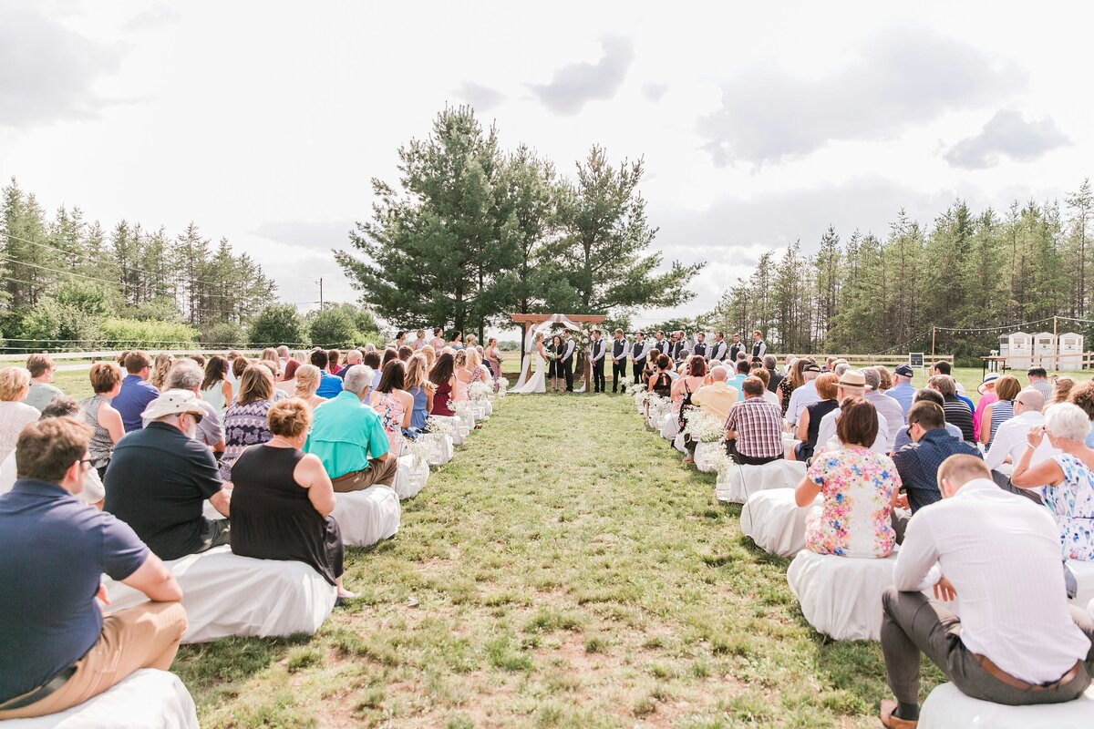 Ottawa-Country-Wedding-LauraClarkePhotos_0106