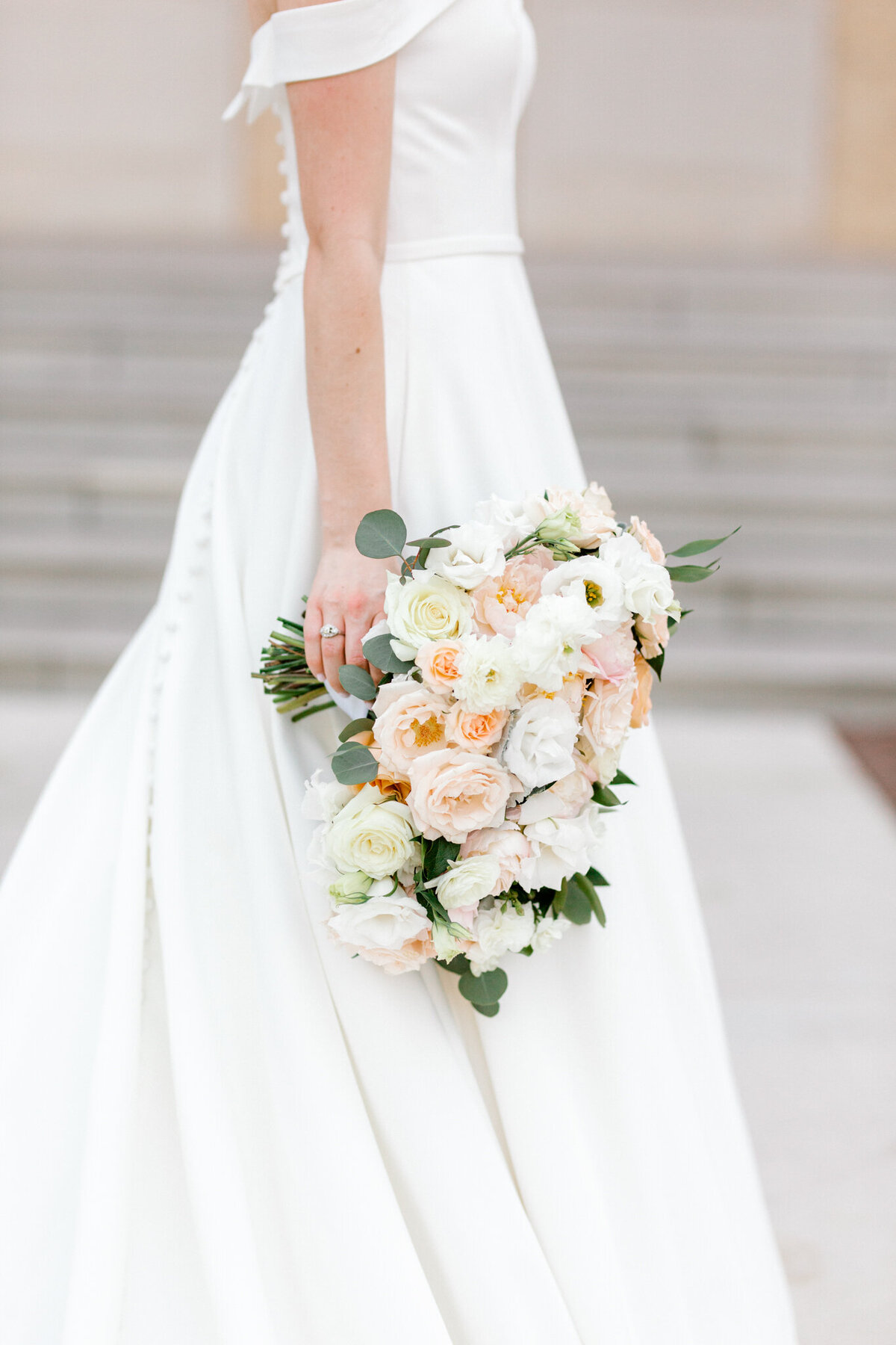 Lexi Broughton Bridal Portraits at TCU Robert Carr Chapel Fort Worth, Texas | Sami Kathryn Photography | Dallas DFW Wedding Photographer | R. Love Floral Blush and Peach Bouquet-30