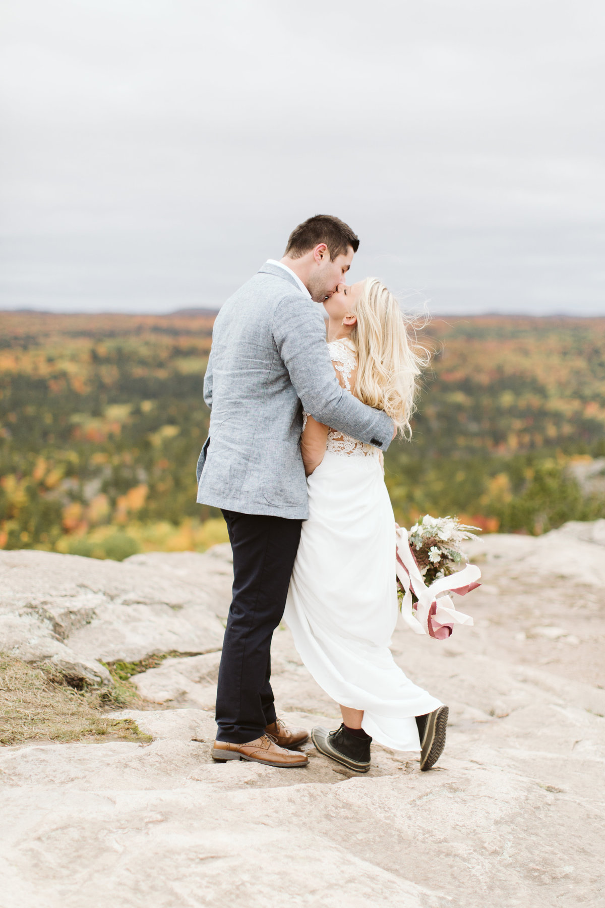 alysa_rene_photography_wisconsin_minnesota_wedding_engagement_brand_photographer_adventure_outdoor_lifestyle9