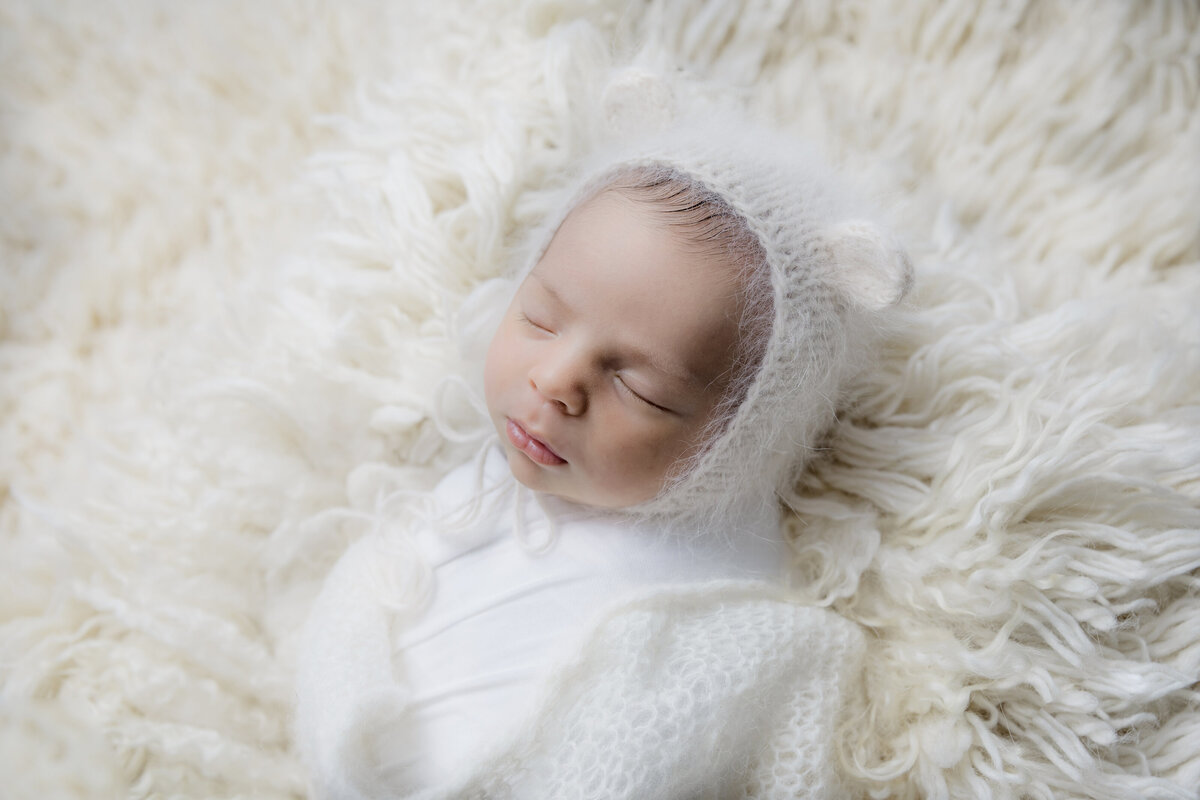 newborn-baby-boy-photos-ottawa-grey-loft-studio-11