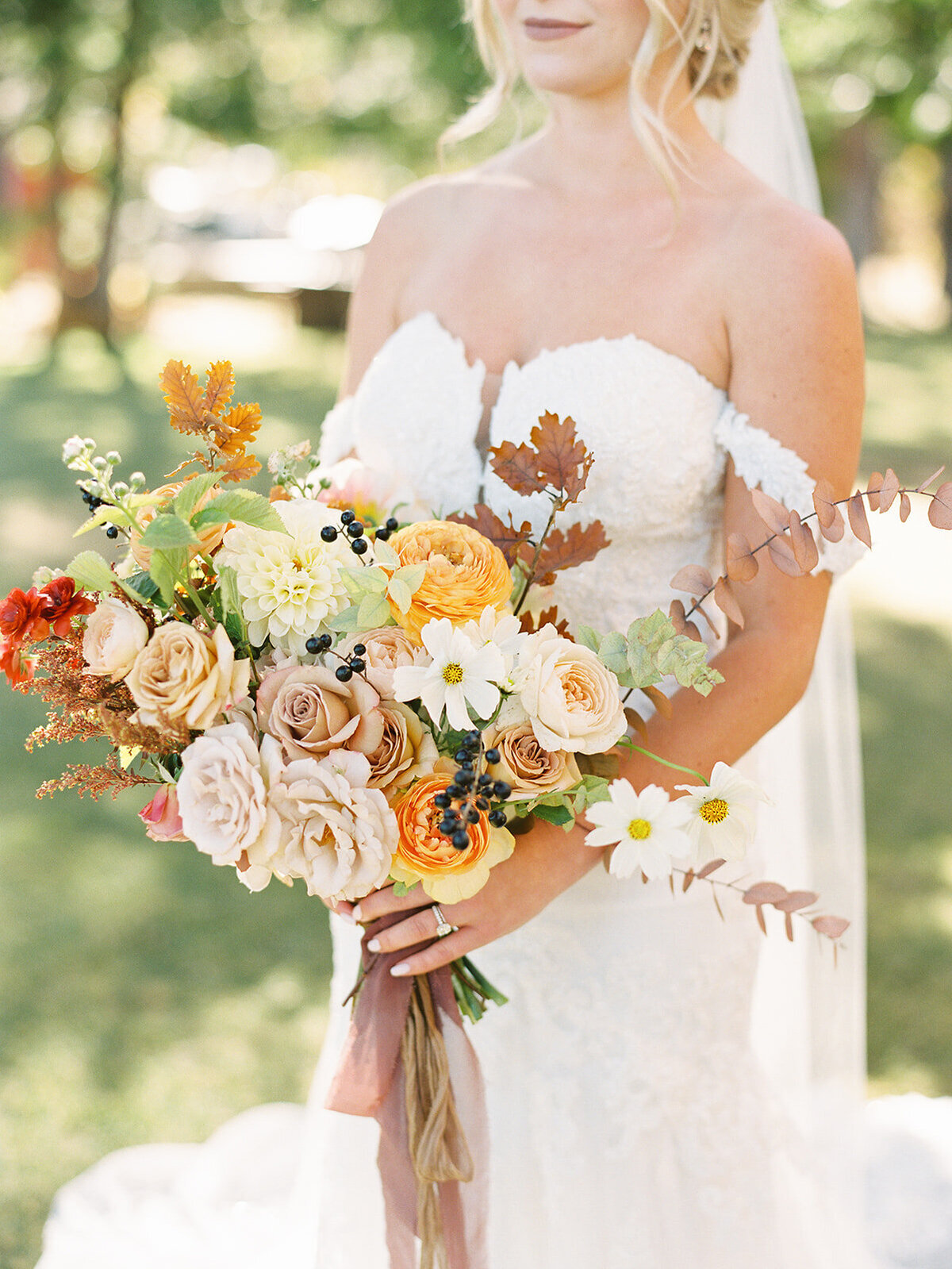 fall-bridal-bouquet-lake-tahoe