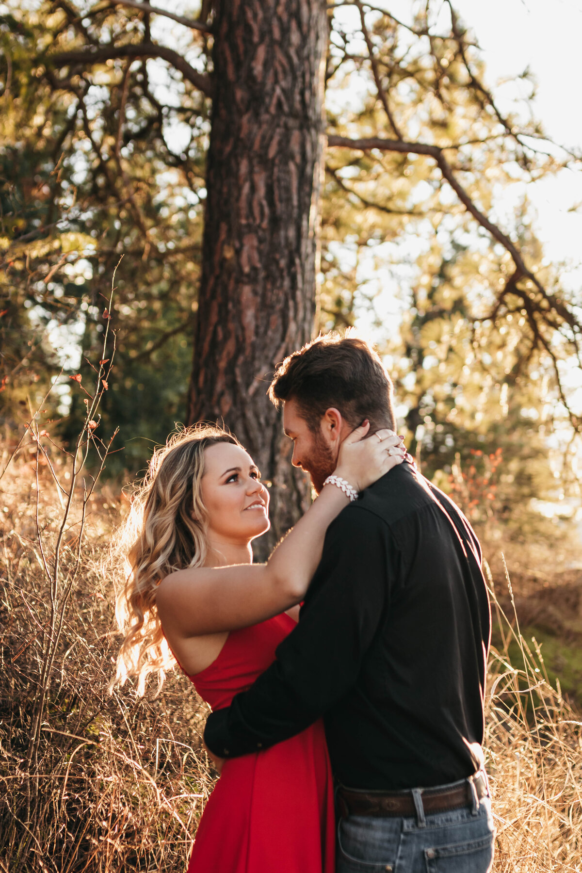 Lake Coeur d'alene Idaho Engagement Session at Tubbs Hill - Clara Jay Photo_-12