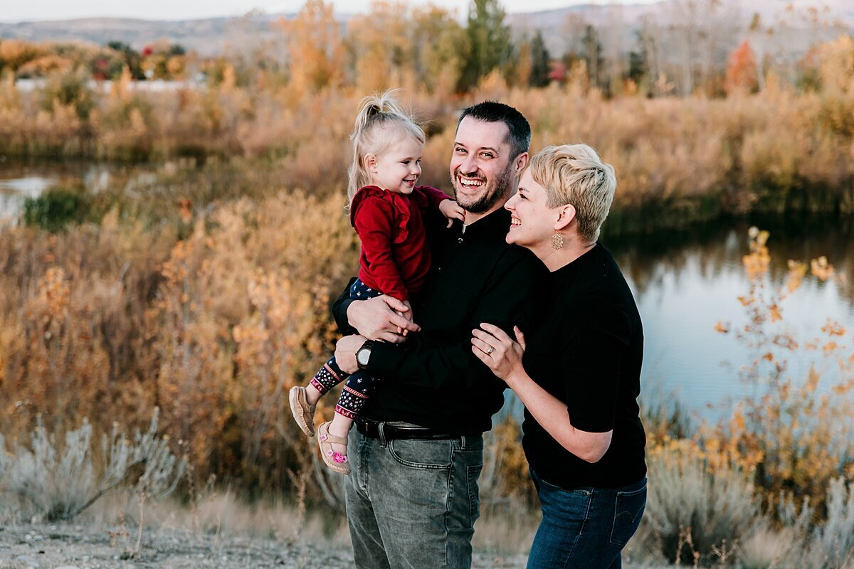 idaho+family+photographer+_+maternity+photographer+in+boise+id+_+valerie+clement+photography+_+maternity+_+family+_+baby+_+child+_+outdoor+photo+session+boise+id+3