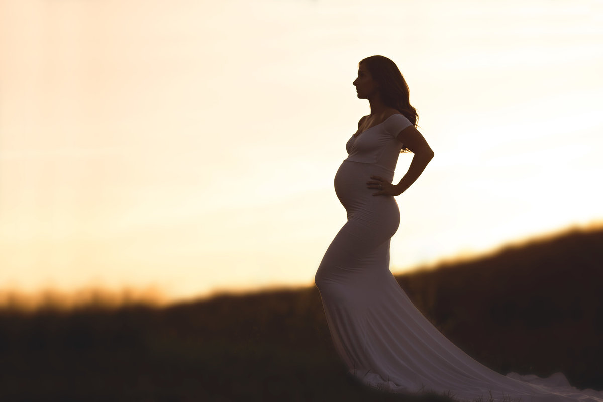 mainline maternity photographer 24