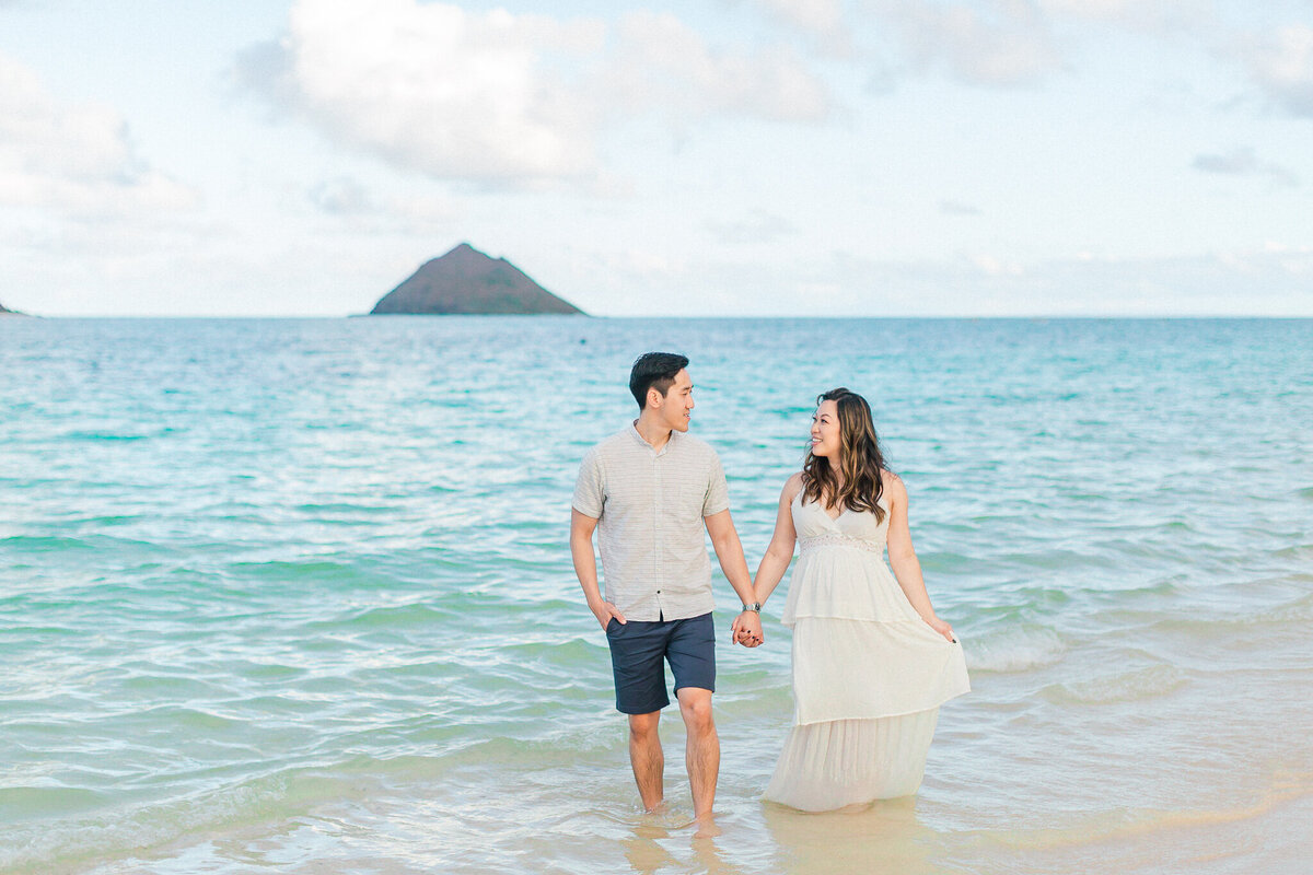Blog-lanikai beach maternity session by hawaii maternity photographer veronica ilioi photography-0017