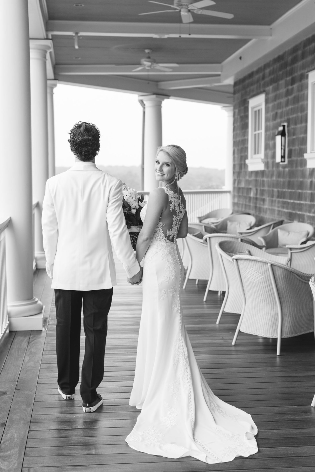 Laura-Klacik-Photography-Natural-Wedding-Photos-47
